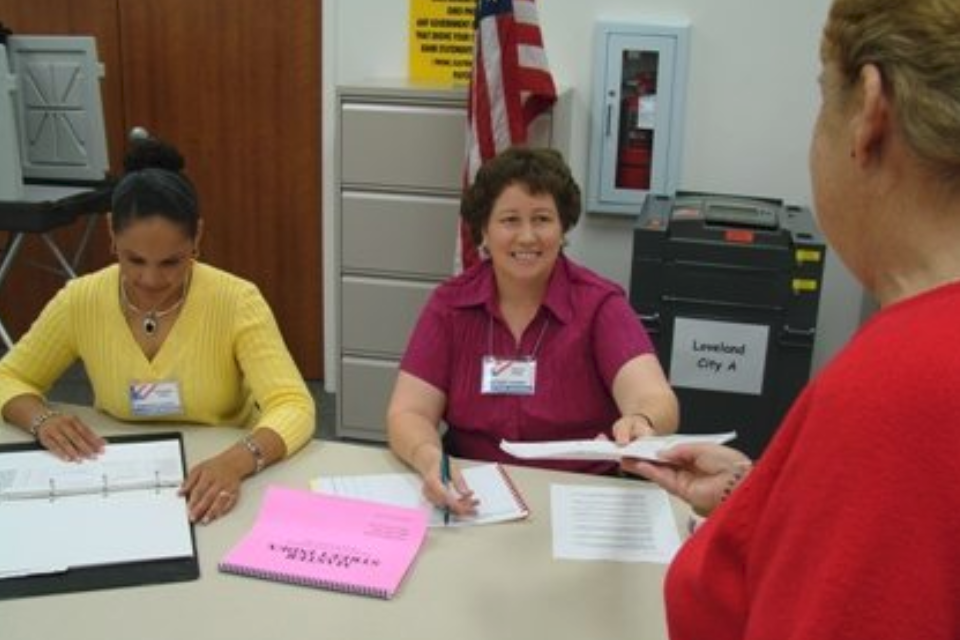 Poll Workers Needed for November Election