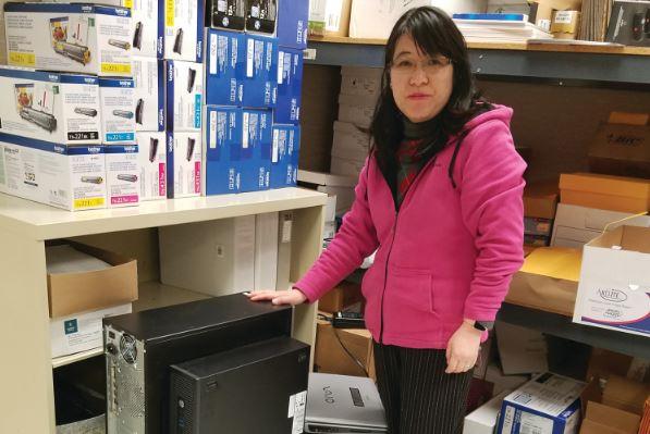 LOCAL NONPROFIT SEEKS COMPUTER DONATIONS