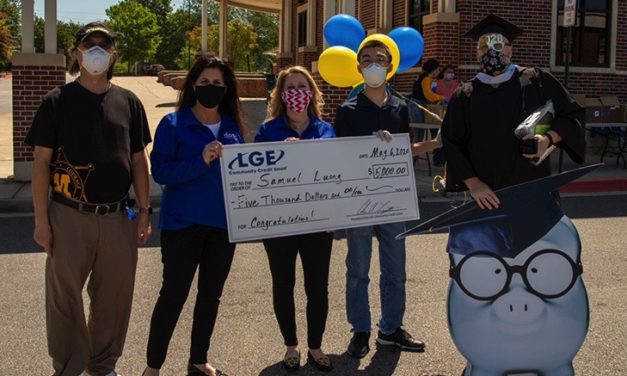 LGE Credit Union Awards $5,000 Scholarship to Wheeler High School Student